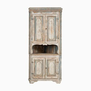 Northern Swedish Gustavian Country Corner Cabinet, Early 1800s