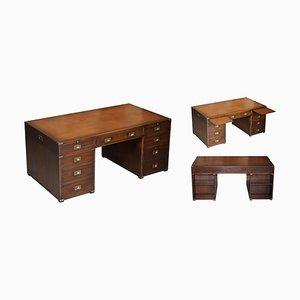 Doppelseitiger Schreibtisch aus braunem Leder von Harrods Kennedy