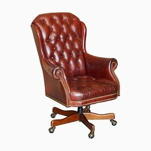 Poltrona da scrivania Chesterfield vintage in pelle rossa