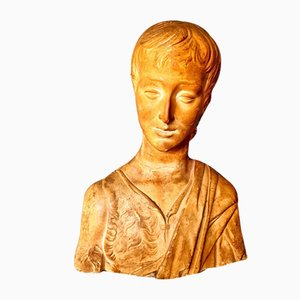Busto antiguo de escayola