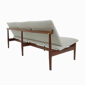 Drei-Sitzer Modell Japan Sofa von Finn Juhl für France & Son