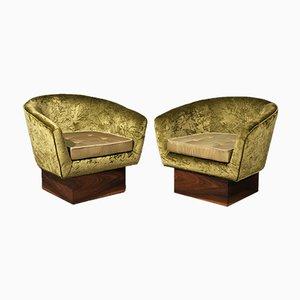 Art Deco Green Velvet and Walnut Wooden Italian Armchairs, 1940s, Set of 2