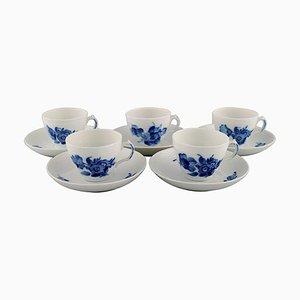 Tazzine da caffè con piattini intrecciati blu di Royal Copenhagen, metà XX secolo, set di 10