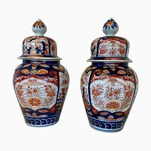 Antike Imari Vasen mit Deckel, 2er Set