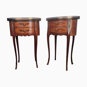 Comodini antichi in legno di noce intarsiato con cassetti, Italia, set di 2