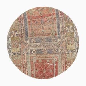 Runder türkischer Vintage Oushak Teppich