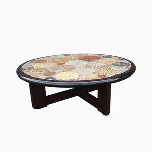 Tavolino da caffè rotondo con mattonelle in ceramica di Tue Poulsen per Haslev Møbelsnedkeri, Danimarca, 1963