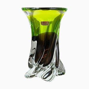 Vaso grande in cristallo soffiato a mano verde e marrone di Joska, Germania, anni '70