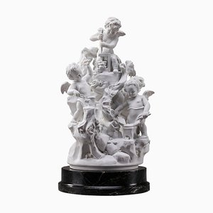 Les Travaux des Amours, Escultura de porcelana biscuit, Francia