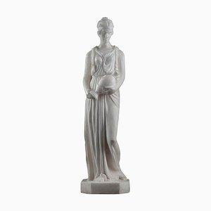 Escultura Art Déco de alabastro que representa a una mujer samaritana