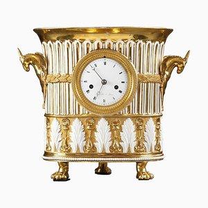 Vasenförmige Uhr aus Porzellan, frühes 19. Jh