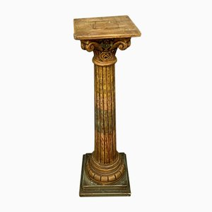 Colonna in legno dipinta con effetto marmo