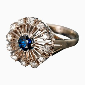 Vintage 18 Karat Gold Ring with Sapphire and Diamonds