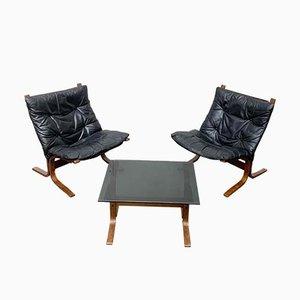 Fauteuils Siesta Mid-Century et Table d'Appoint en Verre par Ingmar Relling pour Westnofa, Norvège