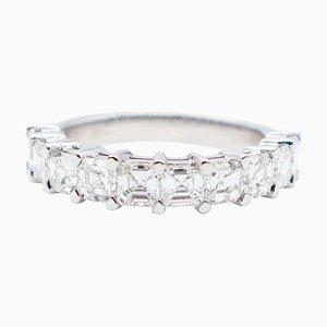 Anello G color 2,50 carati con diamanti a taglio Princess in oro bianco a 18 carati