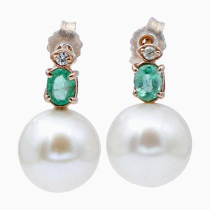 Ohrringe aus barocker Perle, Diamant, Smaragd & 14 Karat Roségold, 2er Set