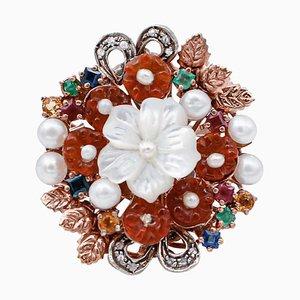 Anello in oro rosa e argento con diamanti, zaffiri, rubini, smeraldi, pietre e perle