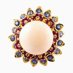 Anello con corallo rosa, diamanti, zaffiro, rubino e oro rosa 14K