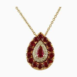 Collar de oro rosa con colgante en forma de gota de diamantes y rubíes