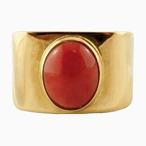 18K Yellow Gold and Central Coral Ring