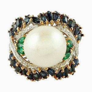 Anillo de diamantes, esmeralda, zafiro azul, perla y oro blanco y rosa de 14 quilates