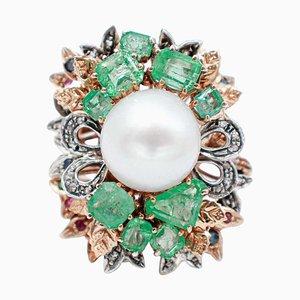 Anello con perla dei mari del sud, diamante, smeraldo, zaffiro, rubino e argento