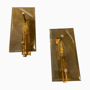 Applique Mid-Century in ottone e vetro fumé di Gaetano Sciolari, Italia, anni '60, set di 2