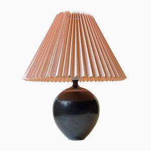 Lampe de Bureau Moderne en Céramique Noire avec Rayures Blanches, Suède