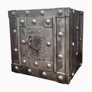 Italian 18th Century Wrought Iron Studded Antique Safe Strong Box