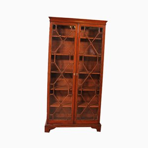 English Georgian Glassed Bookcase in Mahogany and Inlays, 18th Century