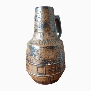 Große brutalistische Vase