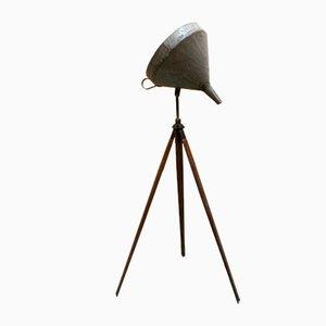 Lampe mit Dreifuß