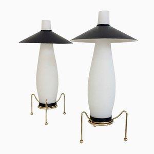 Lampade da tavolo in ottone e vetro opalino, anni '50, set di 2