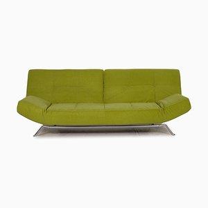 Sofá de tres plazas Smala de tela verde con cama de Ligne Roset
