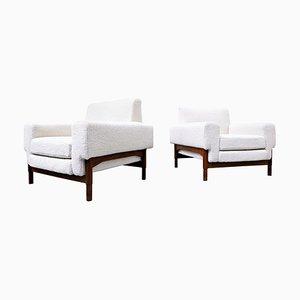 Weiße Mid-Century Modern Armlehnstühle aus Nussholz von Saporiti, Italien, 1960er, 2er Set