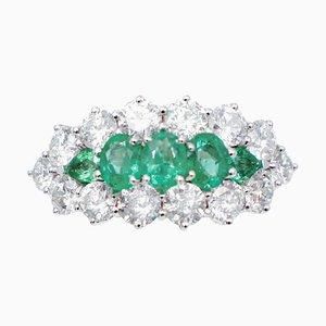 Anillo de esmeraldas, diamantes y oro blanco de 14 kt