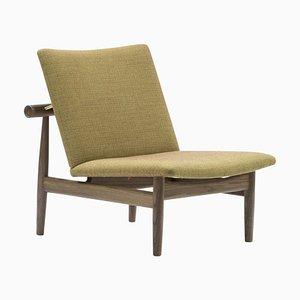 Japan Series Stuhl aus Holz und Kvadrat Stoff von Finn Juhl