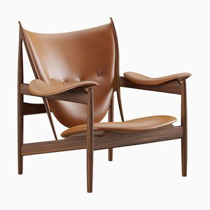 Chieftain Armchair in Wood and Leather from Finn Juhl
