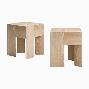 Tabourets ou Tables d'Appoint Triangle en Bois par Aldo Bakker pour Hille, Set de 2