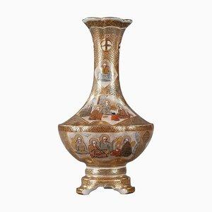 Jarrón trípode Satsuma pequeño decorado con los 18 Luohans, siglo XIX
