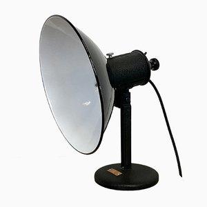 Schwarz emaillierte industrielle Vintage Tischlampe, 1950er
