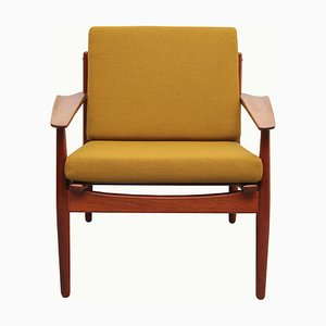 Senffarbener Armlehnstuhl aus Teak von Arne Forestre für Glostrup, 1960er