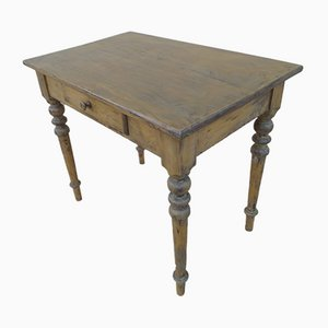 Coffee Table with Turned Leg