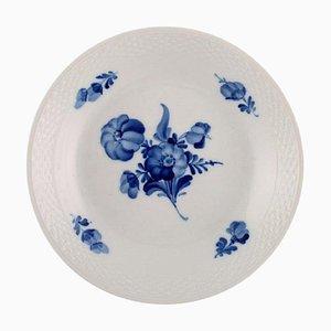 Blue Flower Geflochtene Schale Modell Nummer 10/8155 von Royal Copenhagen