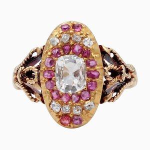 Diamantes, rubíes, anillo de oro amarillo de 18 kt
