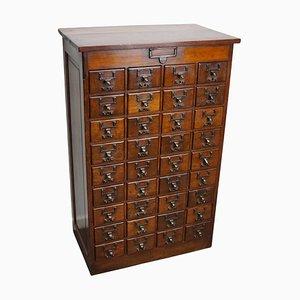 Mueble de farmacia o archivador holandés de roble, principios del siglo XX