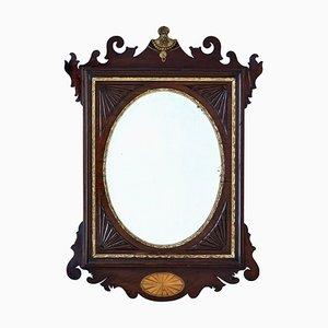Amerikanischer Sheraton Revival Spiegel aus Nussholz, spätes 19. Jh