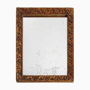 Kleiner Spiegel mit Rahmen aus Holz & Stuck