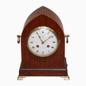 Reloj de repisa de lanceta de palisandro, siglo XIX