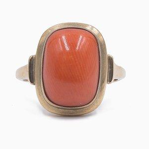 Vintage Ring aus 8 Karat Gelbgold und Cabochon Koralle, 1950er
